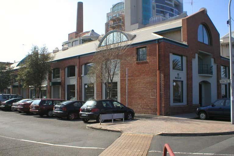 5/11 Beach Street Port Melbourne VIC 3207 - Image 3