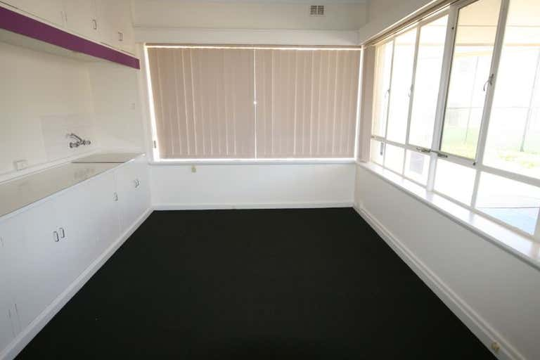 522 Lower North East Road Campbelltown SA 5074 - Image 4