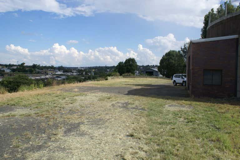 The Old Tank, 1 Thackeray Street Toowoomba City QLD 4350 - Image 2