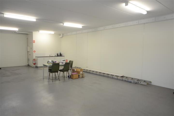 (Unit 1a)/27 Annie Street Wickham NSW 2293 - Image 3