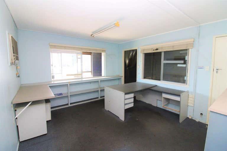 48 Burnett Street Berserker QLD 4701 - Image 3