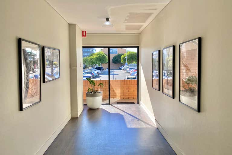 Suite 6/113 Scarborough Street Southport QLD 4215 - Image 2