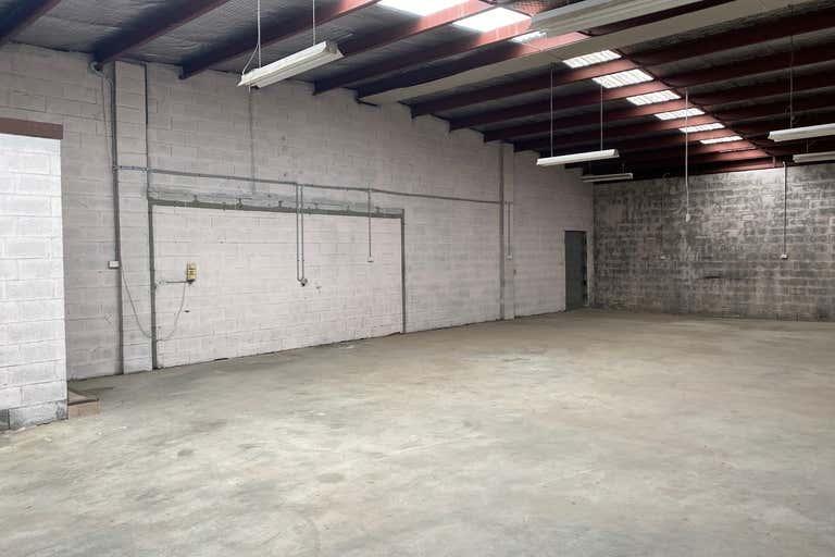 5/240 Macauley Street Albury NSW 2640 - Image 3