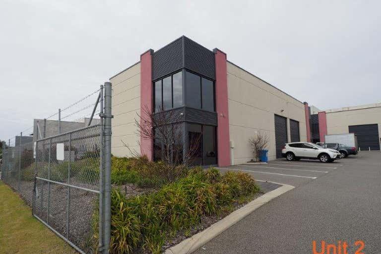 2/10 Fallon Rd Landsdale WA 6065 - Image 4