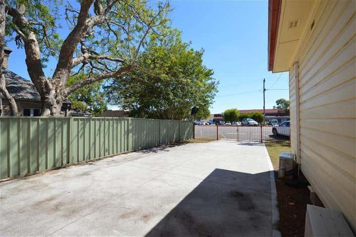 8 Glenelg Street Raymond Terrace NSW 2324 - Image 2