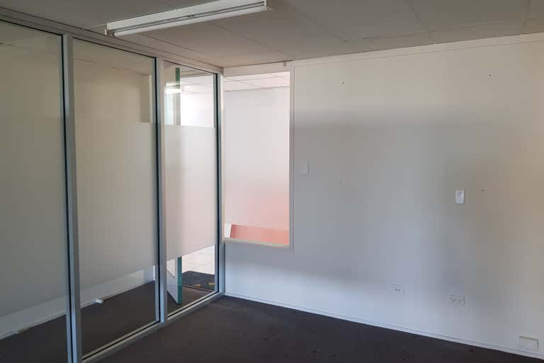 Suite 5 Warina Walk Arcade - 114 Murwillumbah Street Murwillumbah NSW 2484 - Image 2
