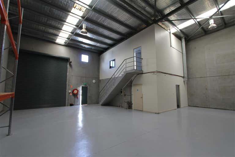 2/74-76 Oak Road Kirrawee NSW 2232 - Image 4