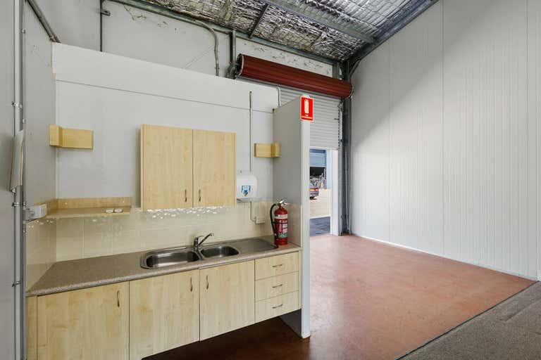 3/35 Merrigal Road Port Macquarie NSW 2444 - Image 3