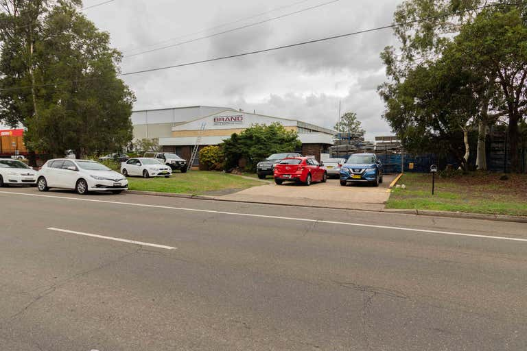 302 Woodpark Road Smithfield NSW 2164 - Image 2