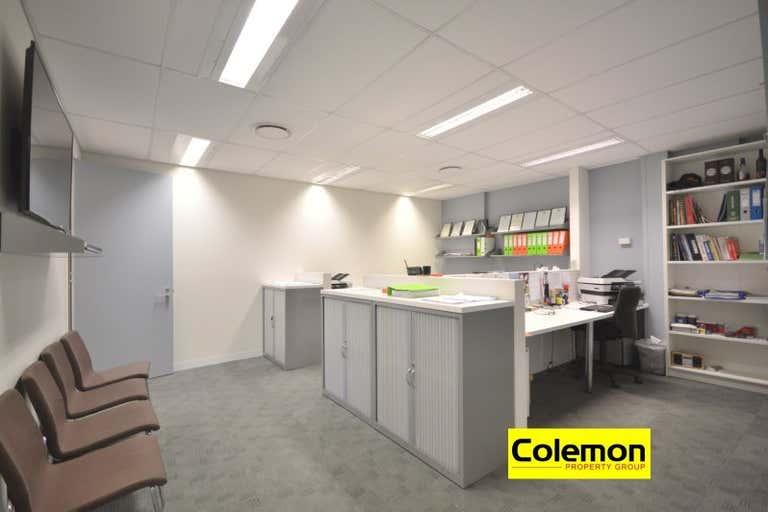 Unit 2, 17  Stanley St Peakhurst NSW 2210 - Image 4