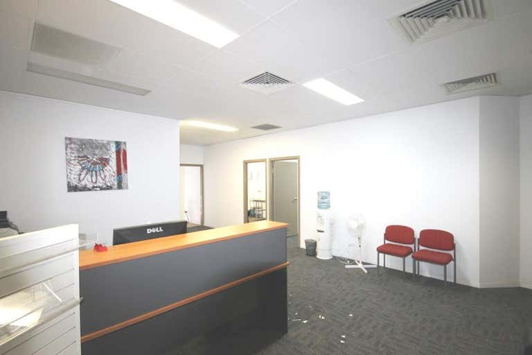 Tannachy House, Unit 2a - 49 BOLSOVER STREET Rockhampton City QLD 4700 - Image 2