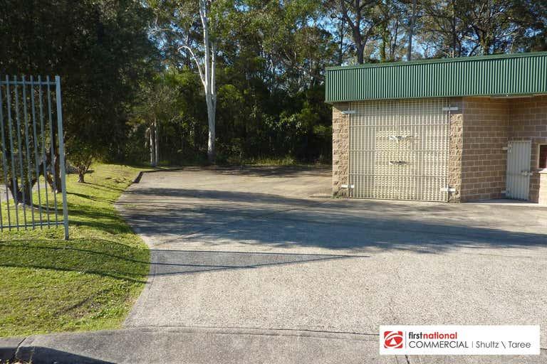 Bay 2/3 Caesia Place Taree NSW 2430 - Image 1