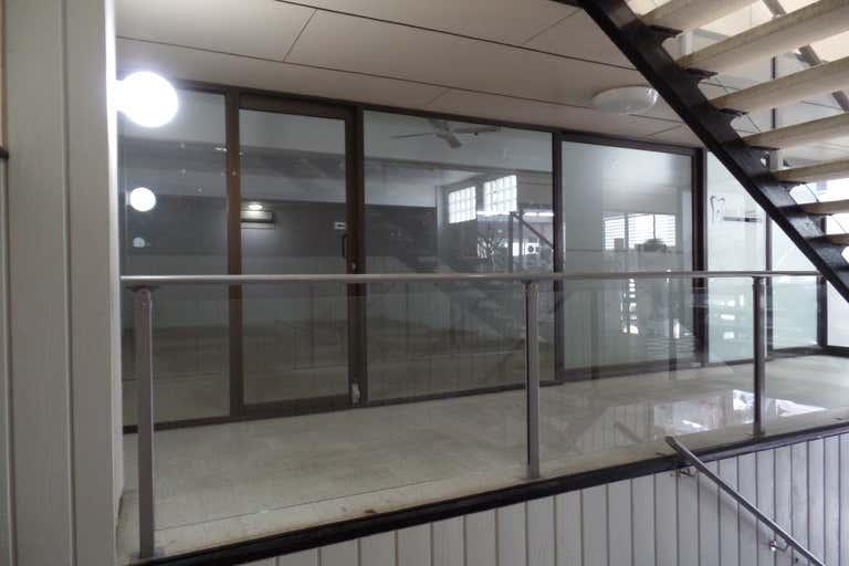 7/66 Griffith Street Coolangatta QLD 4225 - Image 1