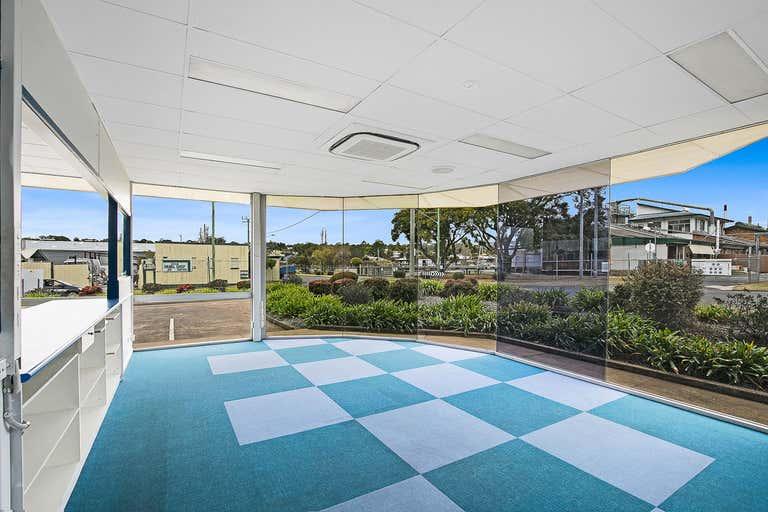 1/23 Pechey Street Toowoomba City QLD 4350 - Image 2