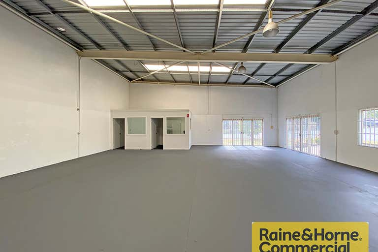 297 MacDonnell Road Clontarf QLD 4019 - Image 2