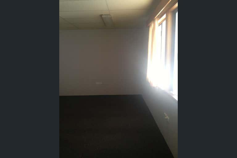 5/54 Gregory Street Mackay QLD 4740 - Image 4