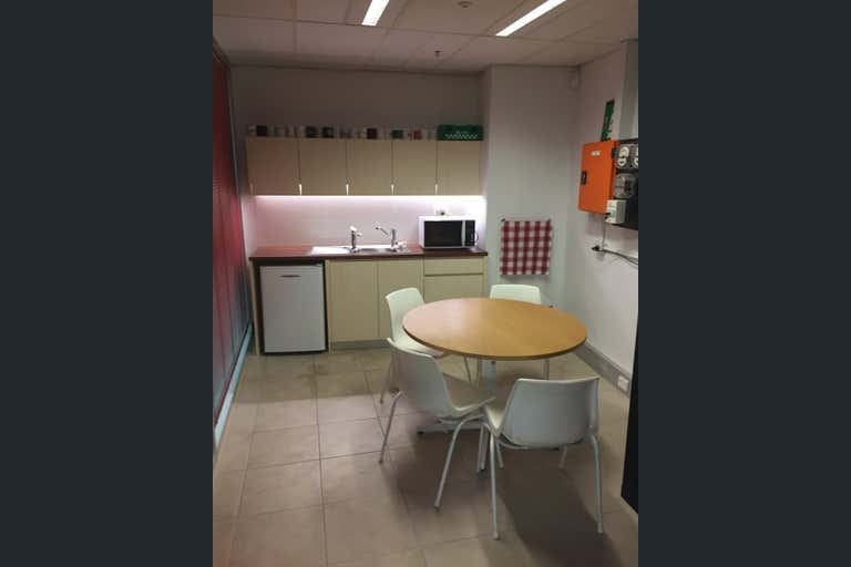 Level 1, Suite 4, 159 Queen Street Campbelltown NSW 2560 - Image 4