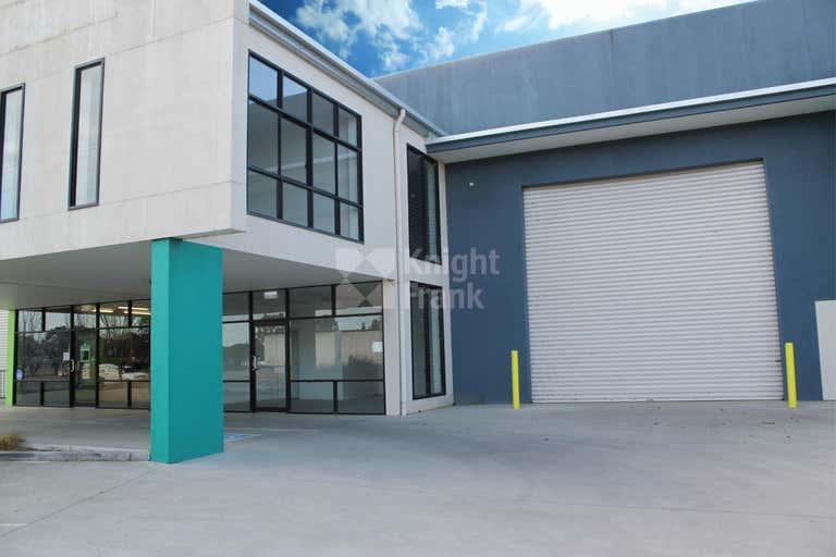 Unit 2, 297 Copland Street East Wagga Wagga NSW 2650 - Image 2