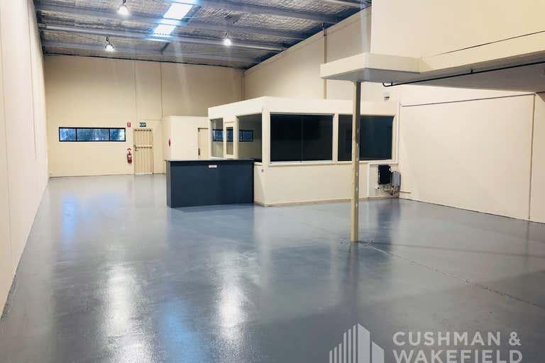Unit 4, 19 Expo Court Ashmore QLD 4214 - Image 2