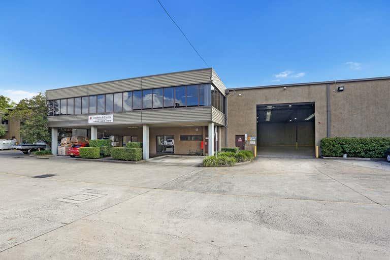 2/19 Chifley Street Smithfield NSW 2164 - Image 1