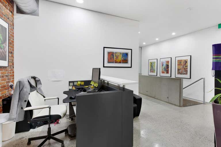 4/34 Commercial Road Newstead QLD 4006 - Image 2