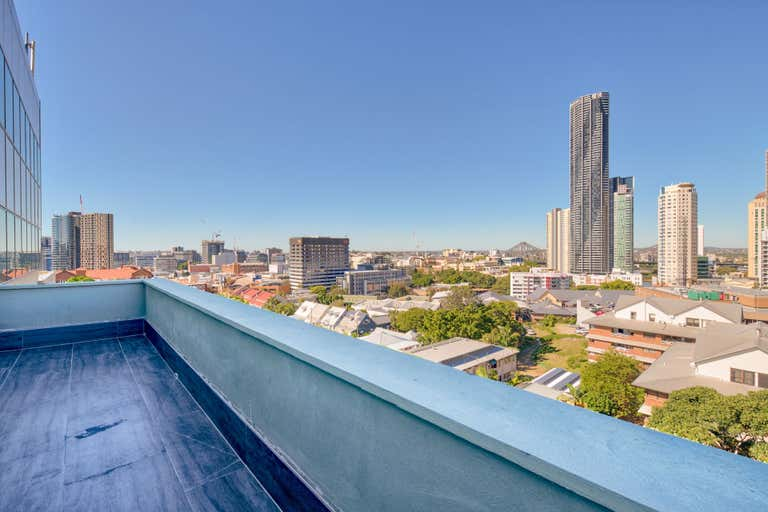 67 Saint Pauls Terrace Spring Hill QLD 4000 - Image 2