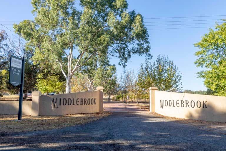 Middlebrook Estate 252 Sand Road McLaren Vale SA 5171 - Image 2