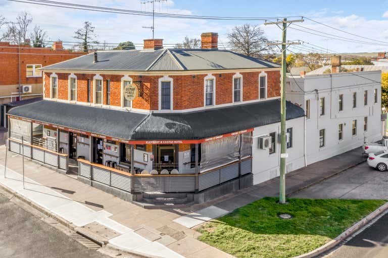 The Elephant and Castle Hotel, 35 Keppel Street Bathurst NSW 2795 - Image 1