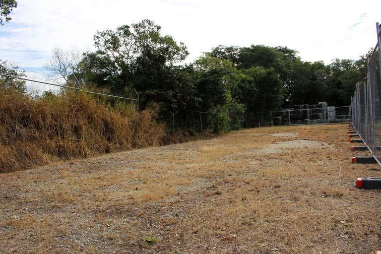 Y/133 Hyde Road Yeronga QLD 4104 - Image 2