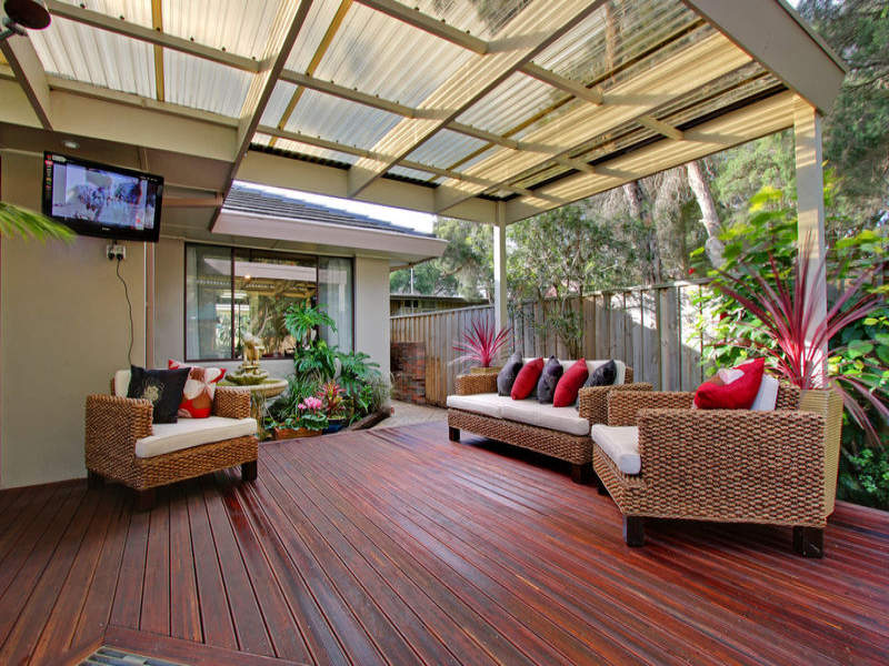 Outdoor living design with deck from a real Australian ... on Aust Outdoor Living id=75781